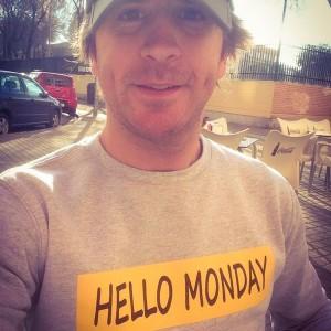 Ropa-gente5-hello-monday